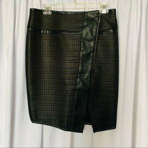 Lord & Taylor Black Faux Leather Women's Skirt